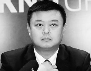 Ван Цзин настолько таинственен, что даже не говорит, какой университет закончил