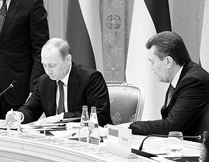 Путин и Янукович действительно встречались в пятницу в Сочи. Но речь на переговорах шла совсем не о Таможенном союзе
