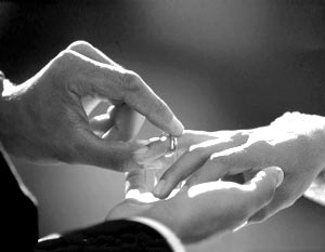 Обручальное кольцо может достаточно серьезно влиять на наше здоровье