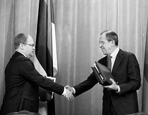 «Довольны мы и тем, что регионы России и Эстонии проявляют интерес к взаимным обоюдно выгодным проектам», – сказал Лавров на встрече с коллегой