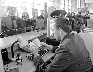 Безвизовый режим не даст жителям Молдавии права на перманентное пребывание и работу в странах Шенгенской зоны. Срок ограничен тремя месяцами