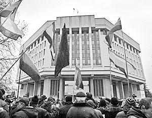 Управлять страной оказалось сложнее, чем устроить Майдан