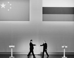 Политика США лишь ускоряет процесс сближения Китая и России