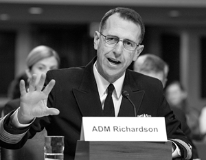 Американский адмирал Джон Ричардсон откровенно высказался о том, как США хотели бы вести себя с Россией