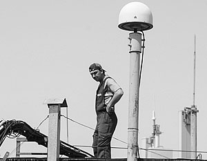 После отключения наземных станций GPS точность гражданских навигаторов не изменится