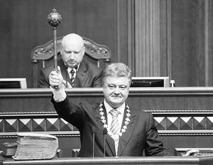Президенту Украины не хватает сил в одиночку удерживать власть, и он вынужден просить олигархов о поддержке