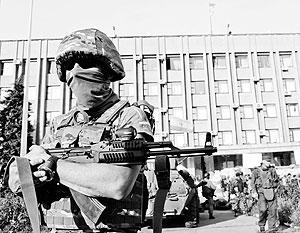 Жителям Донецка объявили, что как минимум на четверо суток военные из города никого не выпустят