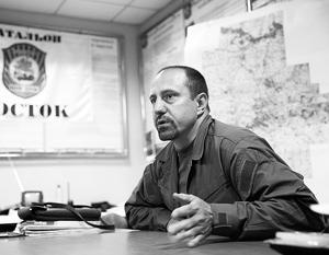 Пресса обвинила комбата Александра Ходаковского в самостоятельной игре, однако на самом деле он продолжает участвовать в коллективной обороне Донецка