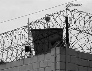 Среди сбежавших оказались осужденные за убийства, грабежи и изнасилования