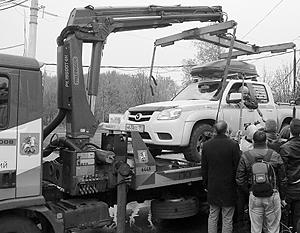 Ситуация с водителем Константином Алтуховым заставила задуматься о проблемах с эвакуацией машин