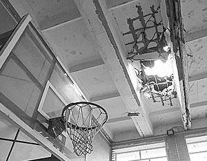 Донецкая школа № 63 подверглась прицельному артобстрелу – в СКР уверены, что огонь велся с украинских позиций