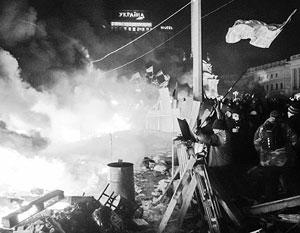 Те, кто выходил на Майдан, сбивался в «сотни» и штурмовал президентскую резиденцию, имели высокие устремленья