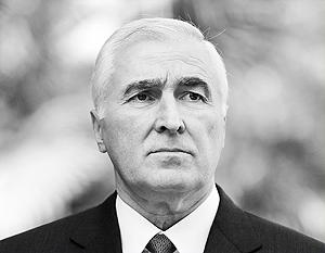 Югоосетинской стороне и лично Леониду Тибилову не привыкать подстраиваться под график Путина