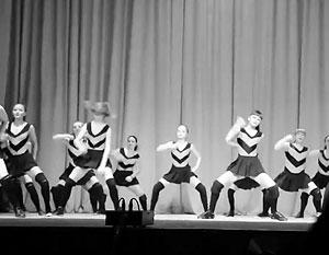 В апреле 2015 года Россия обсуждает танцевальный номер
