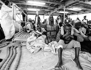 Беженцы нередко рискуют жизнью, отправляясь на судах, не отвечающих требованиям безопасности