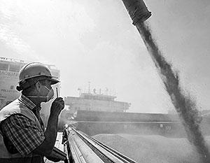 Больше половины российского экспорта – это несырьевые товары и услуги. Например, Россия является одним из крупнейших экспортеров зерна в мире (на фото)