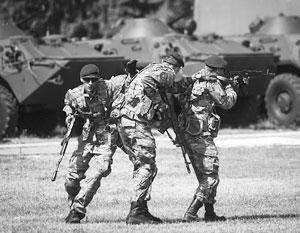 Киев делает вид, что не замечает отвода вооружений ополченцев от линии фронта