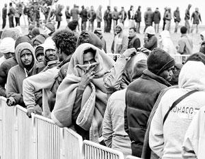 Польша нашла отговорку, чтобы пускать к себе поменьше мигрантов из Африки –  оказывается, к ней уже ломятся «сотни тысяч» украинцев