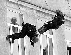 Спецоперация силовиков проводилась в девятиэтажном жилом доме