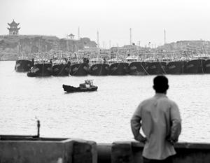 Китайские военные корабли вели себя сдержанно, но небольшие торговые суда – весьма провокационно