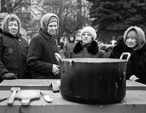 Прошлой зимой Луганск оказался на положении блокадного города, в котором были отмечены случаи голодной смерти