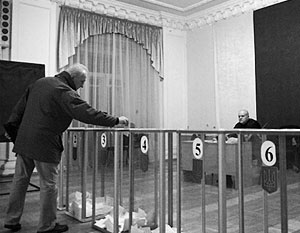 Второй тур местных выборов на Украине отличился рекордно низкой явкой