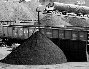 Украина сильно зависит от поставок угля из России, ЛНР и ДНР