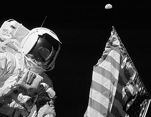 Слухи о том, что с «Аполлоном» что-то «нечисто», ходят по Земле до сих пор