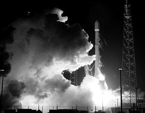 Эксперименты по возвращению первой ступени «Фалькона-9» проводились с 2010 года