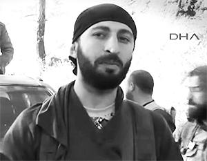 Альпарслан Челик оправдывается за свое участие в убийстве тем, что «этот пилот бомбил нас уже пять минут»