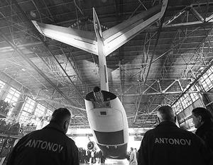 Презентация в 2015 году нового транспортного самолета Ан-178 грузоподъемностью 15 тонн
