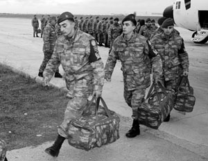 Среди офицеров и солдат стали распространяться слухи о будущих сокращениях и увольнениях