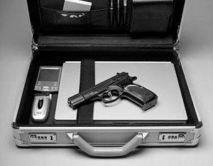 Сын кандидата в президенты США от республиканцев задержан в аэропорту с оружием
