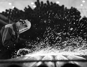 Девальвация рубля дала преимущества российским экспортерам стали, Запад же усмотрел в этом демпинг