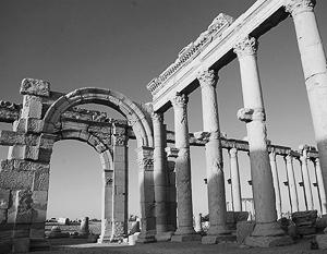 Пальмира близка к освобождению: по словам очевидцев, «там уже переломили хребет ИГ»