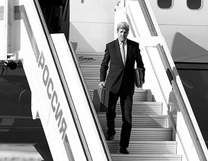 Джон Керри прилетел в Москву, чтобы поговорить с Путиным