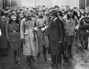 Надежды на демократическую Польшу были наивны: вернувшийся в Варшаву Пилсудский стал диктатором