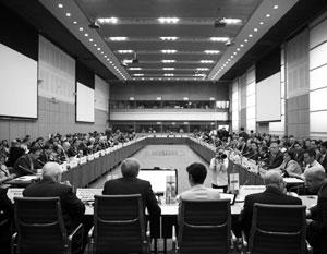 С 1992 по 2005 год Минская группа представила аж целых три (!) предложения в качестве основы для переговоров