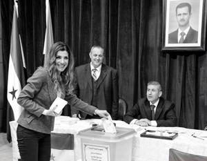 На выборах в Сирии подавляющее большинство голосов получила партия Башара Асада и ее союзники