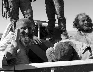 Теперь боевики ИГИЛ чаще фигурируют в СМИ как пленники, а не как триумфаторы
