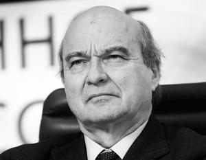 Инициатор резолюции сенатор Ив Поццо ди Борго надеется, что резолюция «побудит задуматься наших партнеров из других стран Евросоюза»