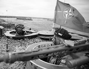 НАТО разместит дополнительные контингенты в Восточной Европе и намеревается помочь Украине с военной реформой