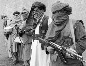 По мнению наблюдателей, США не борются с афганскими террористами, а поддерживают их