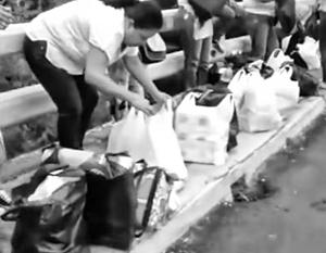 500 женщин в белых футболках прорвались через границу в Колумбию, чтобы купить своим голодным детям в Венесуэле самое необходимое