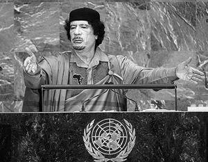 Каддафи обещал России отдать ей долги перед бывшим СССР наличными