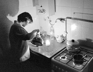 «Прекращение перетока энергии в неконтролируемую сторону» может оставить жителей Луганска без электричества