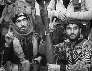 Сирийские мятежники тоже устали воевать и пообещали уже в полночь зачехлить оружие и начать договариваться о мире
