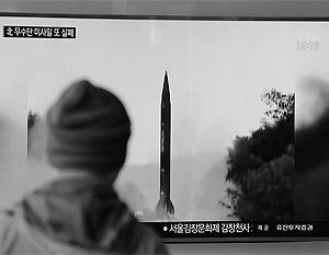 Сообщают, что новая северокорейская ракета на этот раз смогла пролететь 500 километров и упала в море