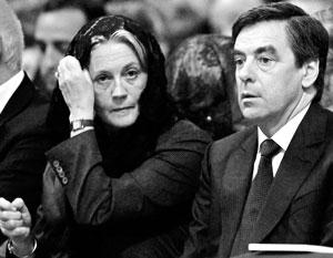 Фийоны, которые еще недавно видели себя новой президентской семьей Франции, теперь могут вместе оказаться на скамье подсудимых
