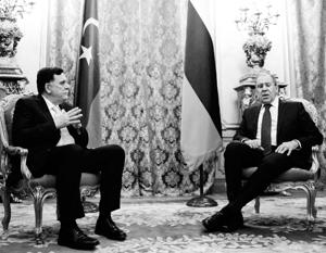Хотя номинально Фаиз Саррадж – глава ливийского государства, в Москве он был принят лишь на уровне главы МИДа Сергея Лаврова